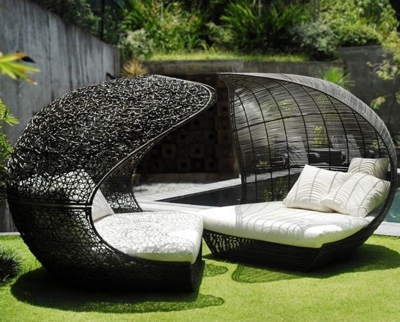 simple garden furniture pod balcony design patios courtyards