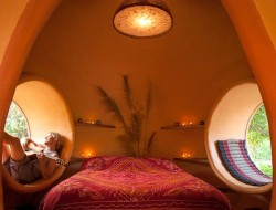 Thai Dome by Steve Areen - Bedroom