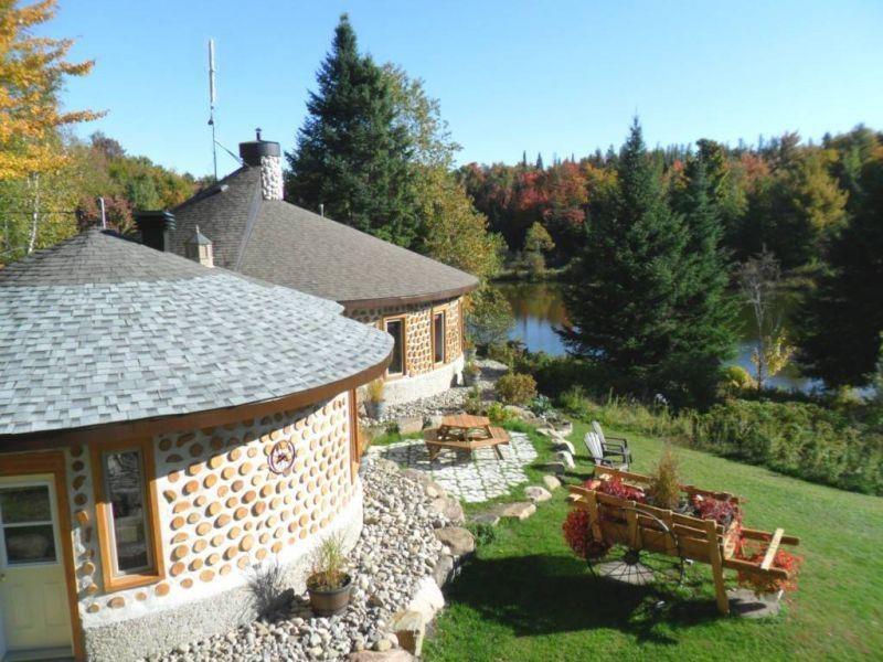 Cordwood Living - The Nauhaus Idea Repository - Quebec, Canada
