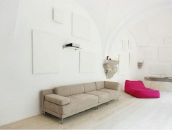 A 500-Year old cloister becomes an apartment In Barcelona