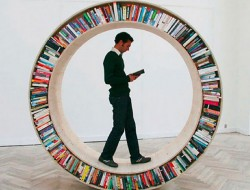 Innovative Circular Walking Bookcase - David Garcia