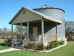 Silo Loft Apartment - New Braunfels, Texas