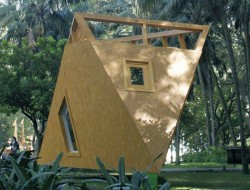 Treehouse Hotel by dass