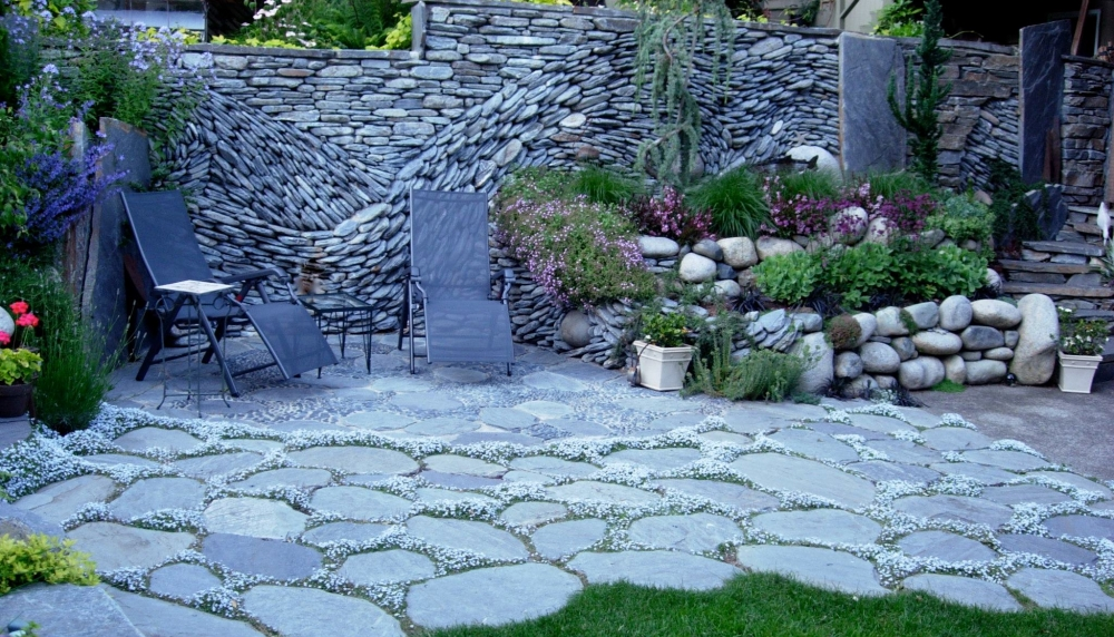 Ancient Art of Stone - Garden wall