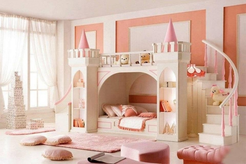 Here's a bunk bed for all the princesses out there! What do you think?