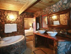 Stone Bathroom Design Ideas - Decoholic