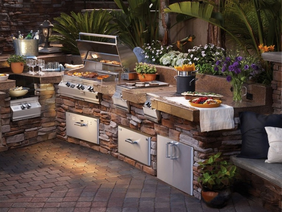 Do you enjoy outdoor cooking? Could this work for you?