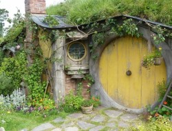 There's something about Tolkien's Hobbits that most of us find strangely appealing. Would you like your own Hobbit Hole?
