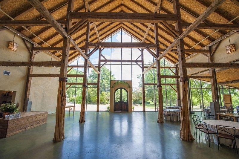 Barr Mansion Dutch Barn - Heritage Barns