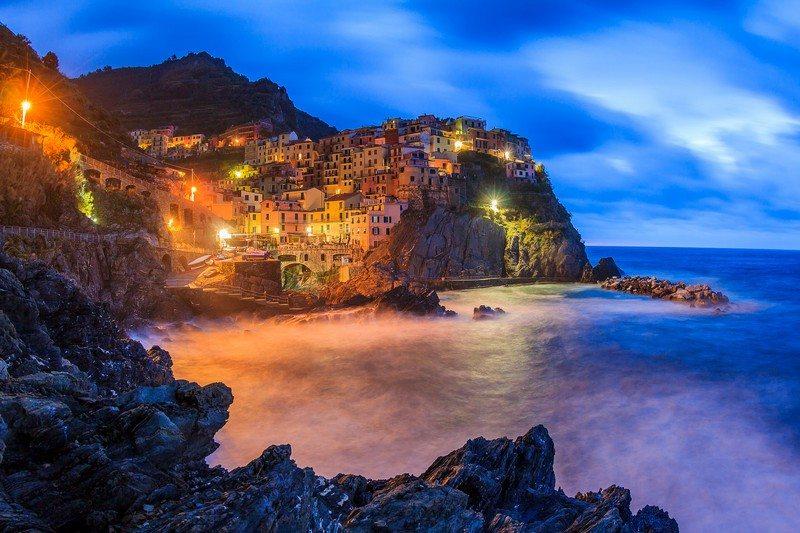 Living on the Edge - Manarola, La Spezia, Italy
