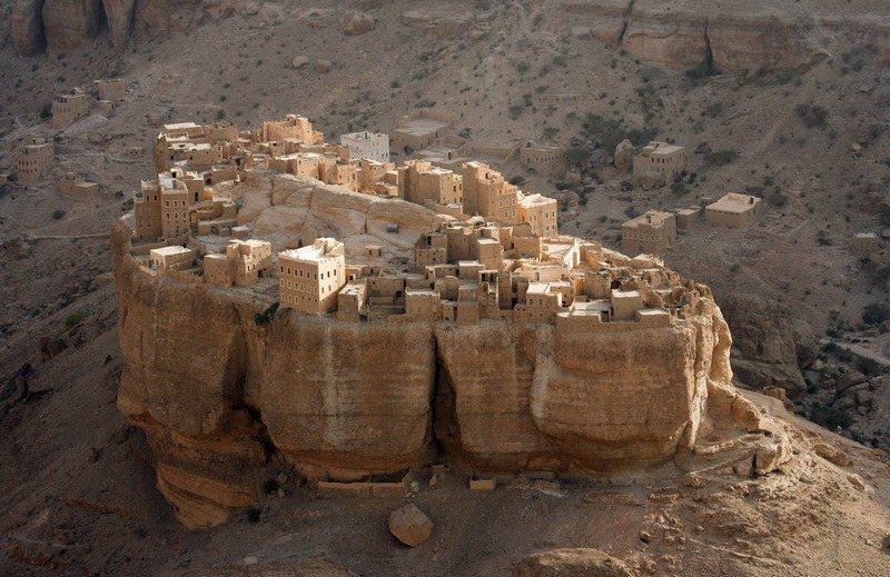 Living on the Edge - Wadi Dawan, Yemen