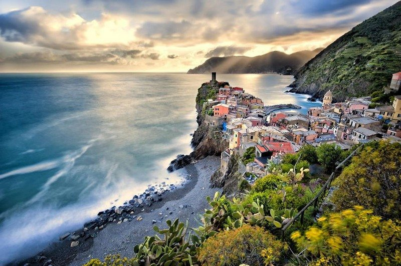Living on the Edge - Vernazza, Italy