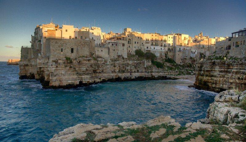 Living on the Edge - Polignano, Puglia-Italia