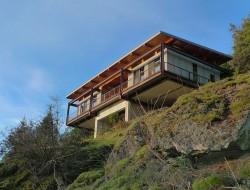Living on the Edge - Bainbridge Island, WA