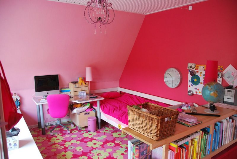 Pink Teenage Girls Bedroom