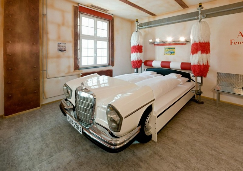 Here's a great bit of fun for a teenager's bedroom... a Merc complete with an auto car wash..