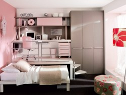 Space Efficient Teenage Girls Bedroom