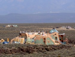 Taos Earthships - Michael Richards
