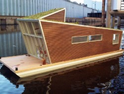 The Schwimmhaus by German architects Confused-Direction Design - Northern Germany - http://www.confused-direction.de/