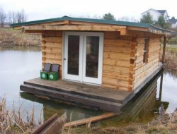 Tiny Floating Log Cabin - Penfield,New York,USA