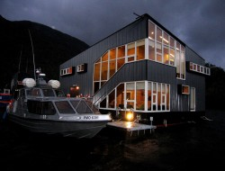Floating House On The Sea by Sabbagh Arquitectos – Archipelago Guaitecas, XI Region, Chile