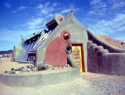 Hut House - Taos, New Mexico