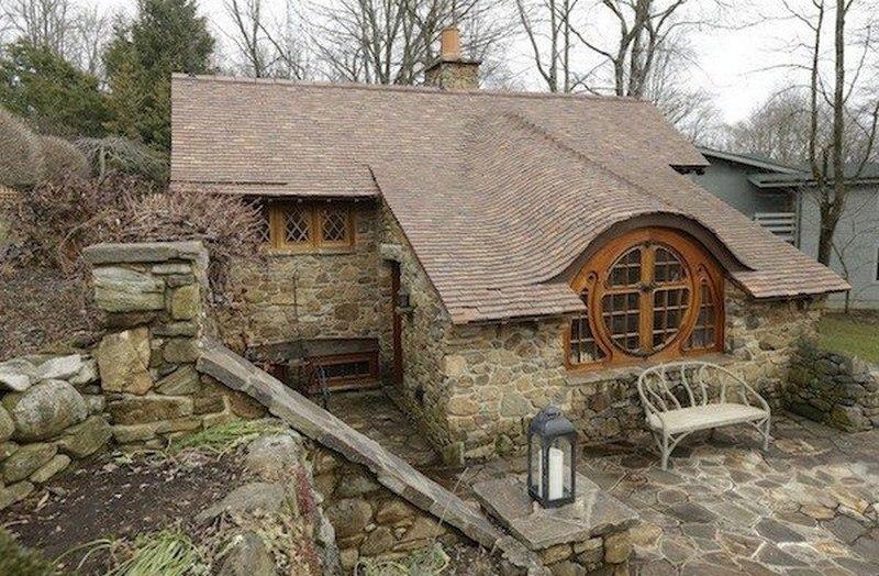 Hobbit Homes - Montana, USA