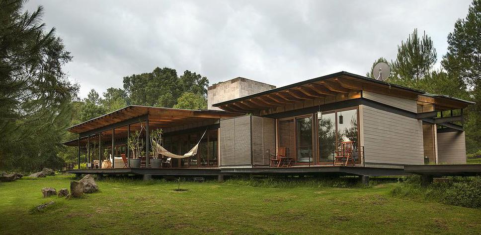 San-Sen House