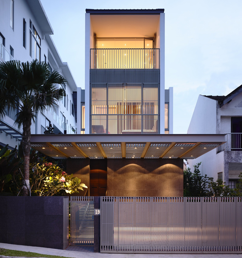 A facade that will make you stare for just a bit longer.
