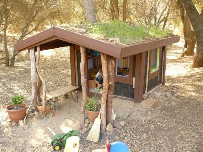 DIY Cob Playhouse - The Owner-Builder Network