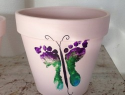 Butterfly FootPrint for Mother's Day - momstown