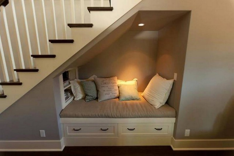 We found Harry Potter's reading nook! What do you think?