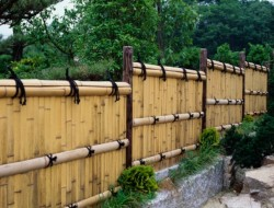 Bamboo Privacy Fence - Buzzle