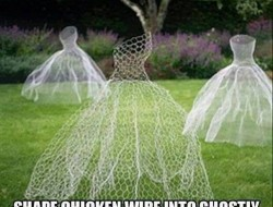 Looking for a fun Halloween decoration for your backyard? Here's one that uses chicken wire.