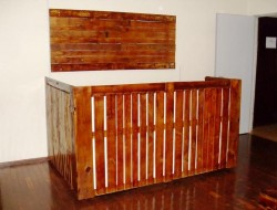 Here's what you can achieve with a bit of ingenuity and some pallets.  This office furniture is made by Brazilian fan, Cleyton Moreas Costa. Thanks for sharing Cleyton!  Can't find pallets? You're not looking. I was at a department store today and saw four perfect, extra large pallets against a wall outside the Pick Up' area. I asked and sure enough, they were rubbish. Not any more!