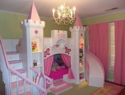 Here's a bunk bed for all the princesses out there!