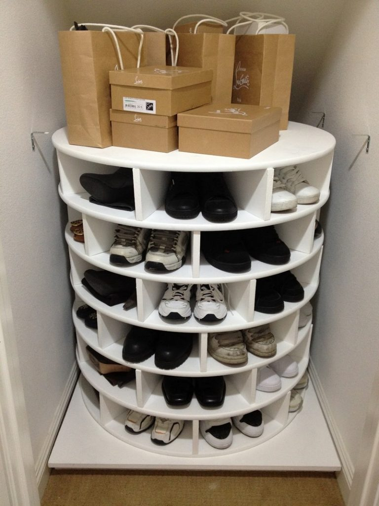 diy lazy susan shoe storage the owner builder network. Black Bedroom Furniture Sets. Home Design Ideas