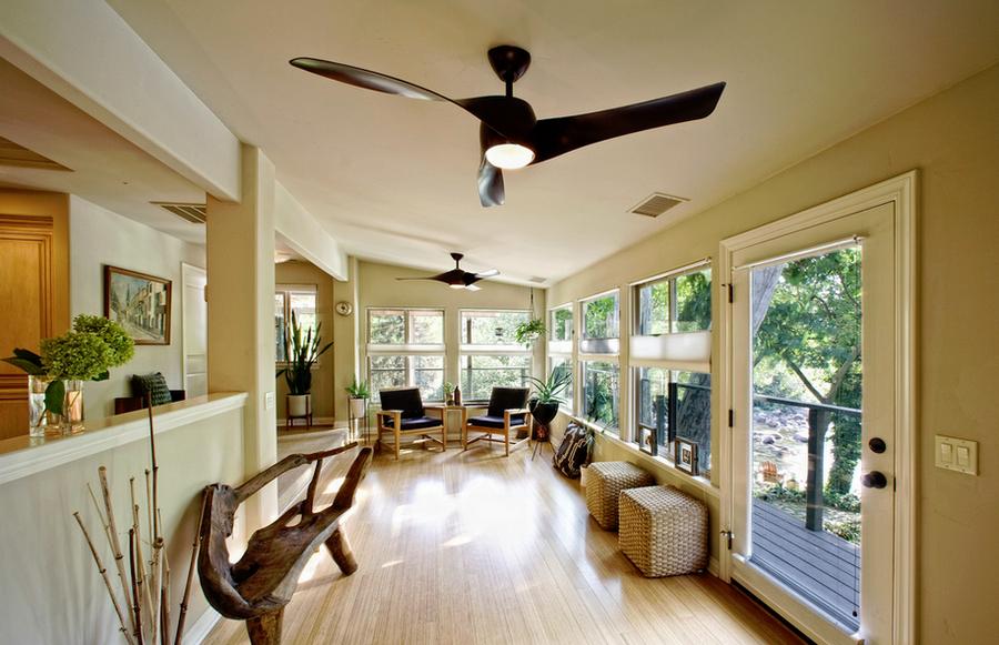 Master suite sitting room at Kaweah Falls