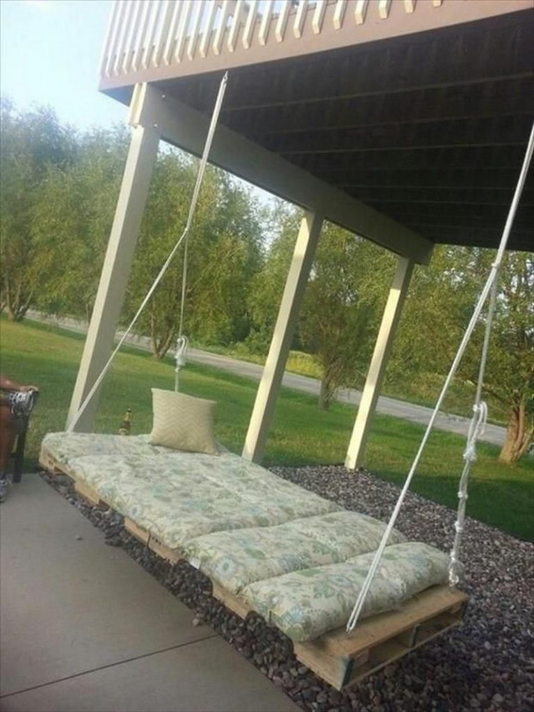 Pallet Swing Bed Examples