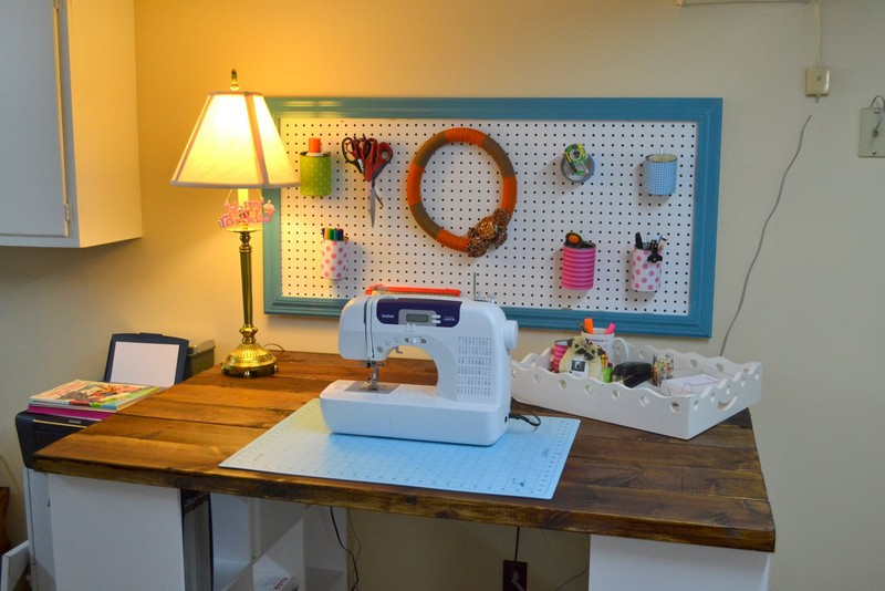 DIY Bookshelf Craft Table - For Sewing