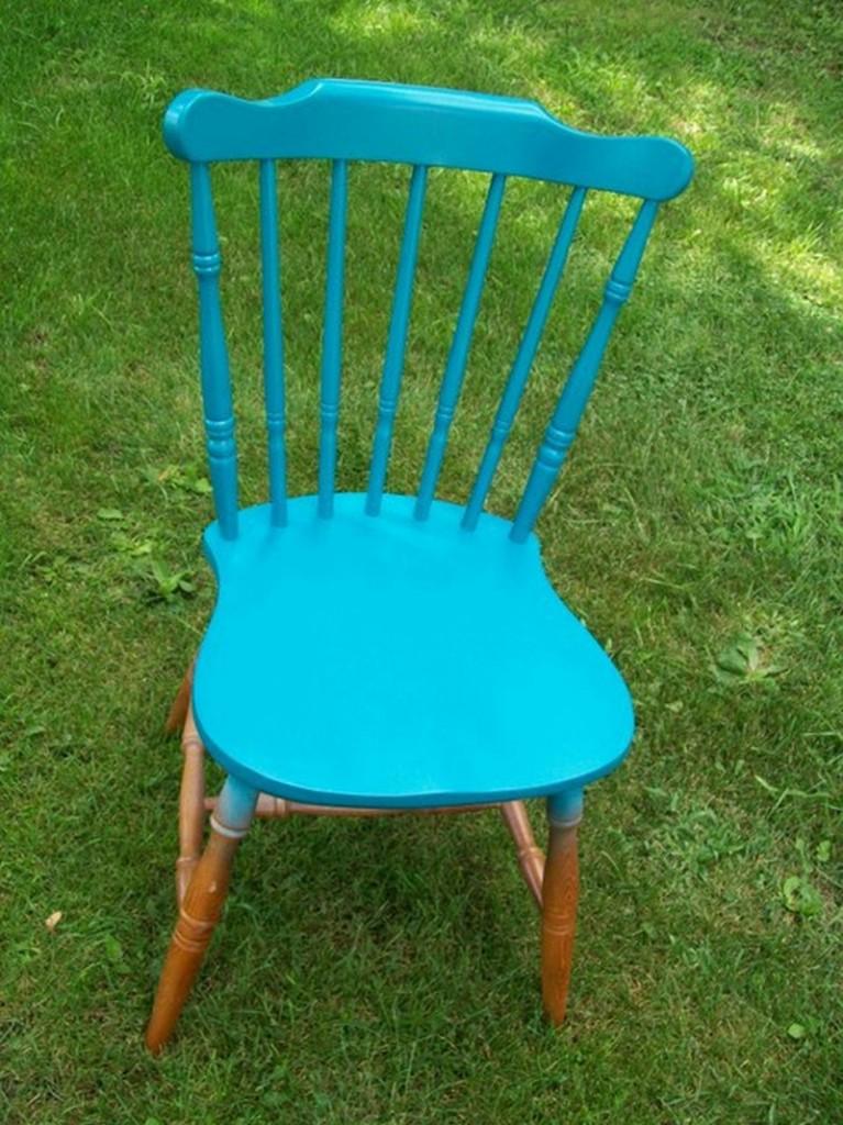 DIY Chair Tree Swing - Chair