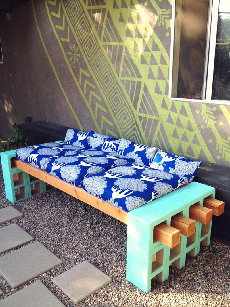 Diy cinder block outdoor bench the owner builder network for Decorar casa 60 m