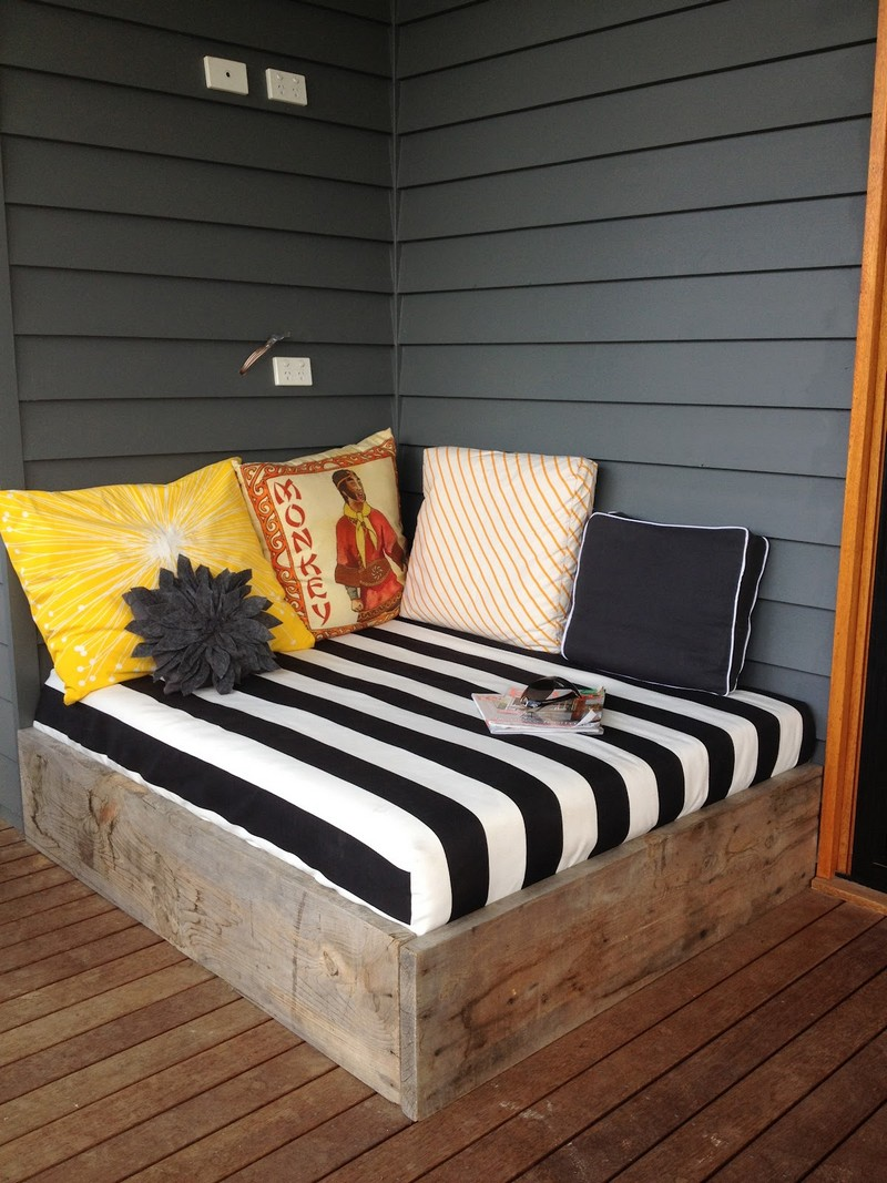Make A Day Bed From Reclaimed Timber The Owner Builder Network