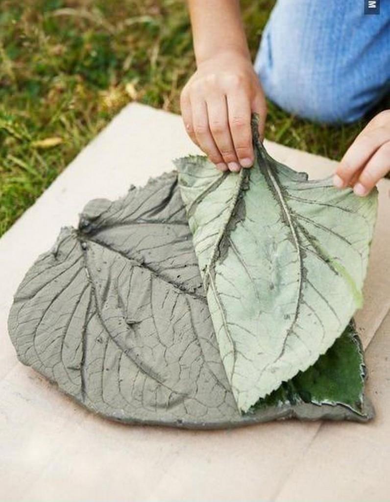 DIY Leaf-Shaped Stepping Stones - Remove Leaf