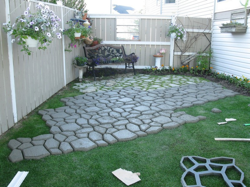 DIY Paved Patio