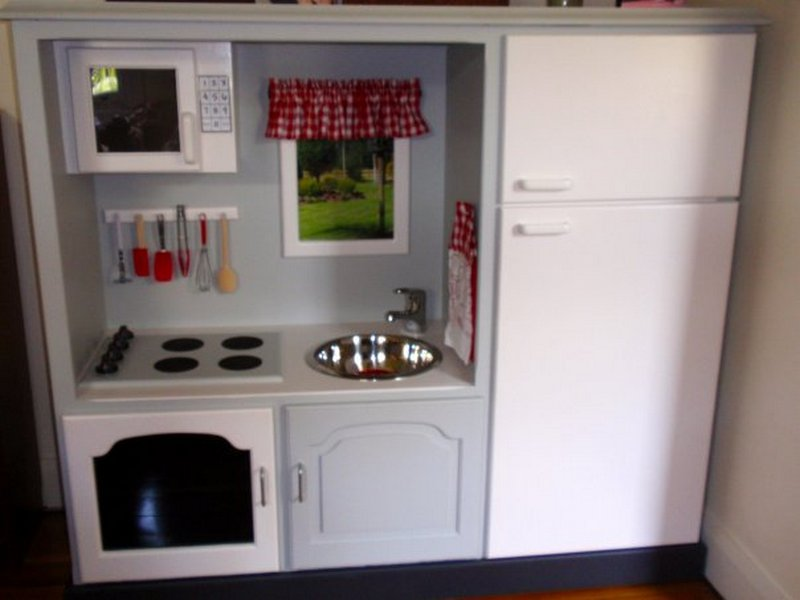 Turn an old TV cabinet into a play kitchen | The Owner-Builder Network
