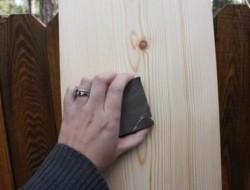 DIY Ruler Growth Chart - Sanding the Timber