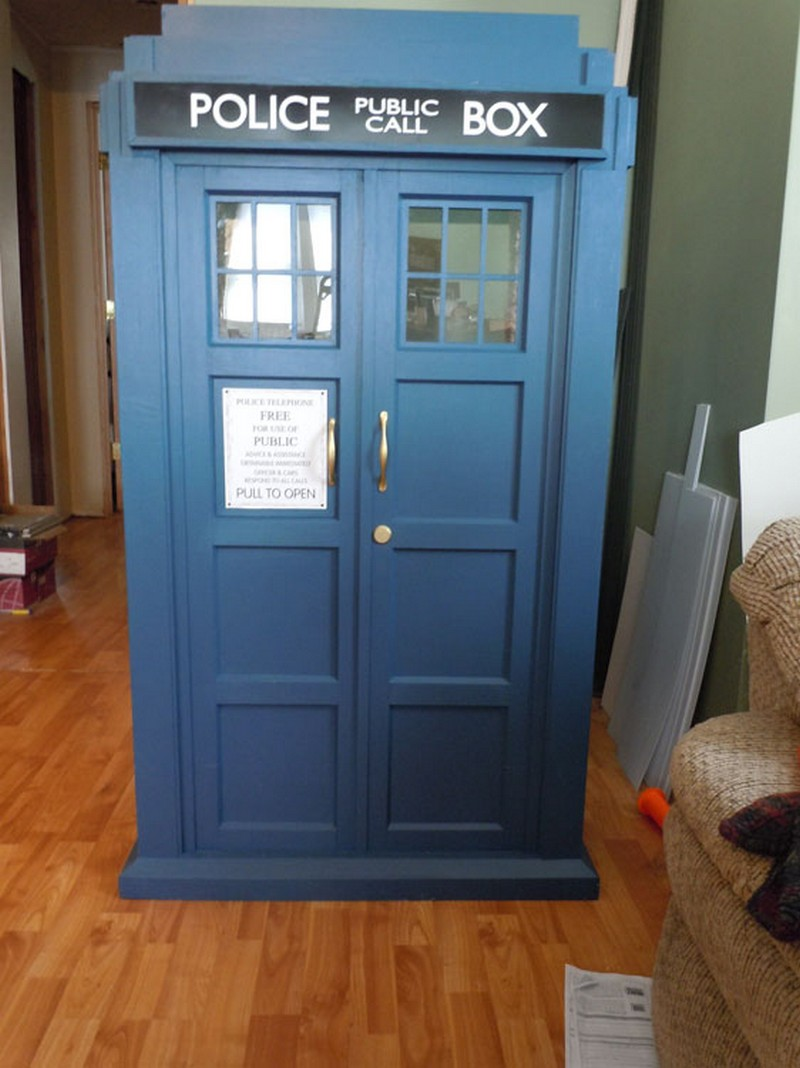 Doctor Who Tardis Cat Fort The Owner Builder Network