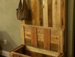 Pallet Entryway Bench