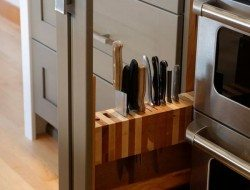 Roll Out Knife Block